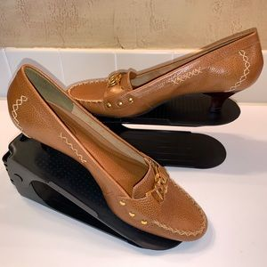 Talbots made in Brazil  leather kitten heel loafer